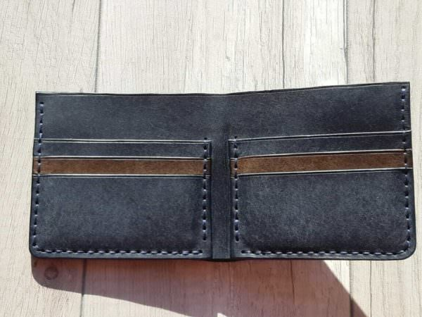 Портмоне из натуральной кожи Bi-Fold Petrolio 11х10 см