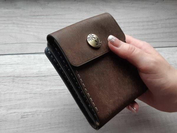Бумажник из натуральной кожи с монетницей Tabaco 12х9,5 см